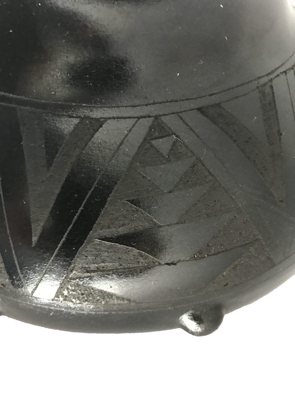 Black Pottery Medium Vase (5)