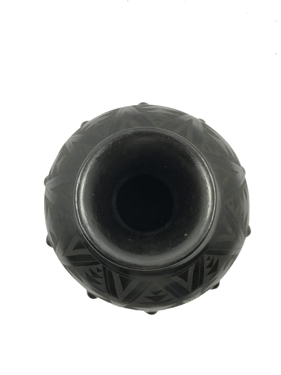 Black Pottery Medium Vase (7)