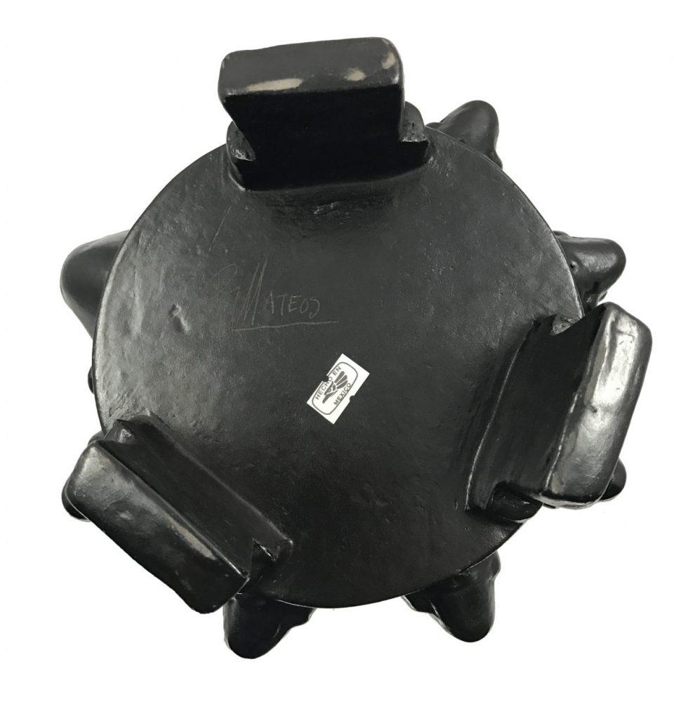 Black Pottery Urn (15)