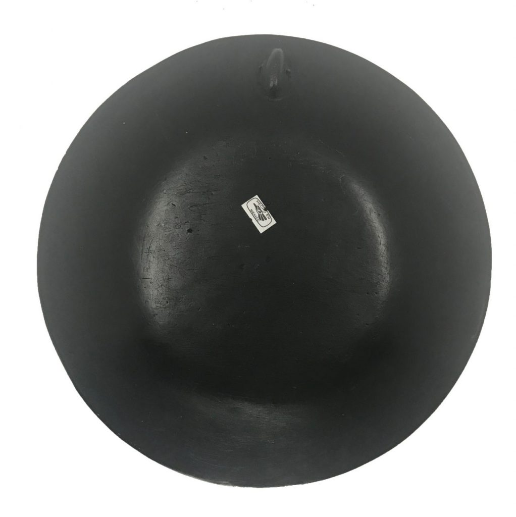 Black Pottery Plate (1)