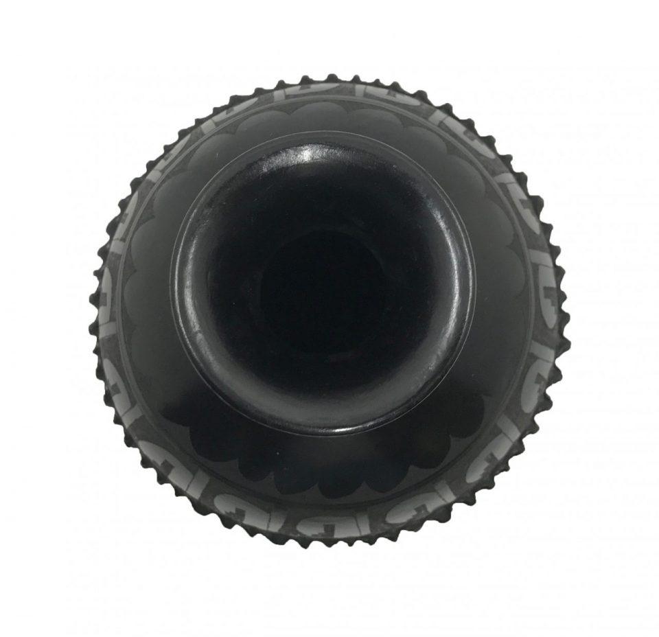 Black Pottery Small Wavy Vase (5)